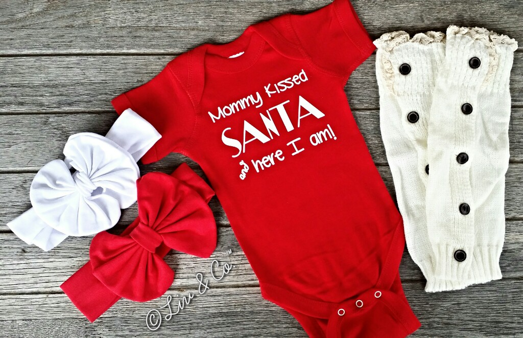 Newborn Christmas Pictures.Mommy Kissed Santa And Here I Am Baby And Toddler Christmas Outfit For A Girl Infant Newborn Christmas One Piece Bodysuit Toddler Christmas Shirt